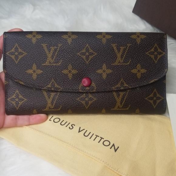 Louis Vuitton Handbags - EUC LOUIS VUITTON EMILIE MONOGRAM FUCHSIA WALLET